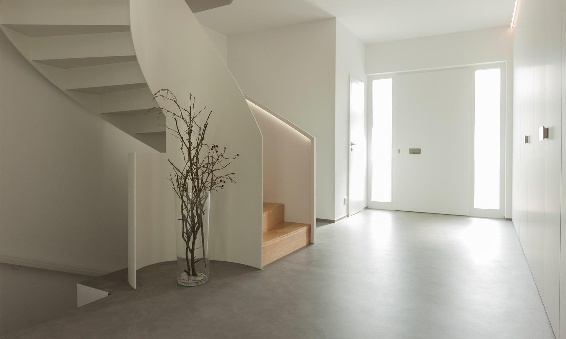 fugenloser Boden mit Betonlook / Sichtbeton. Ästhetisch, leicht zu pflegen und robust vom Handwerksmeister I Gestaltungsmaler Spohn